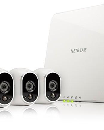 Netgear-Arlo-VMS3330-100EUS-Sistema-inteligente-de-cmaras-IP-100-libres-de-cables-para-video-vigilancia-con-visin-diurnanocturna-3-unidades-montaje-en-interior-y-exterior-resistentes-al-agua-no-sumerg-0